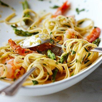 Fettucines aux crevettes à l'italienne