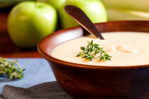 Potage Rougemont aux pommes (Canada)