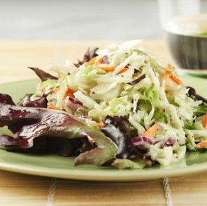 Salade de chou piquante