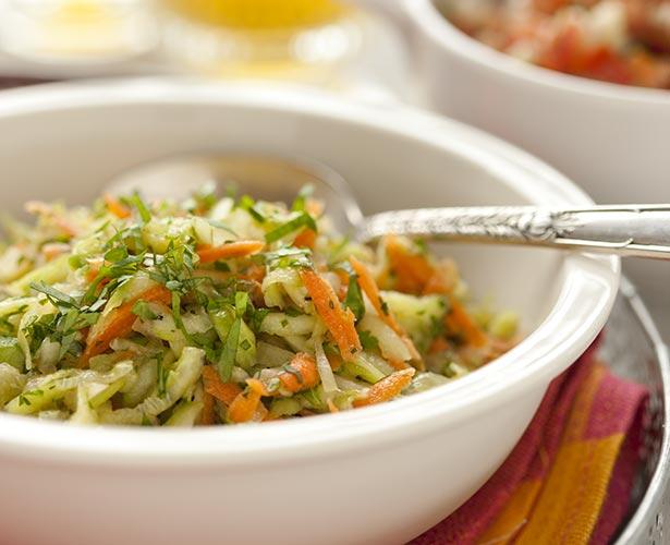 Salade de concombre et de carotte