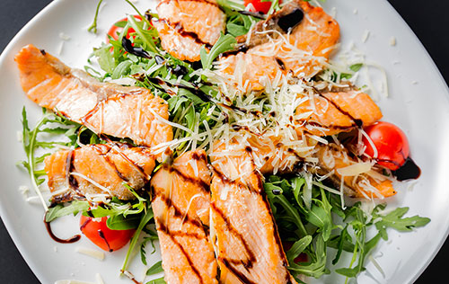 Salade tiède de truite arc-en-ciel