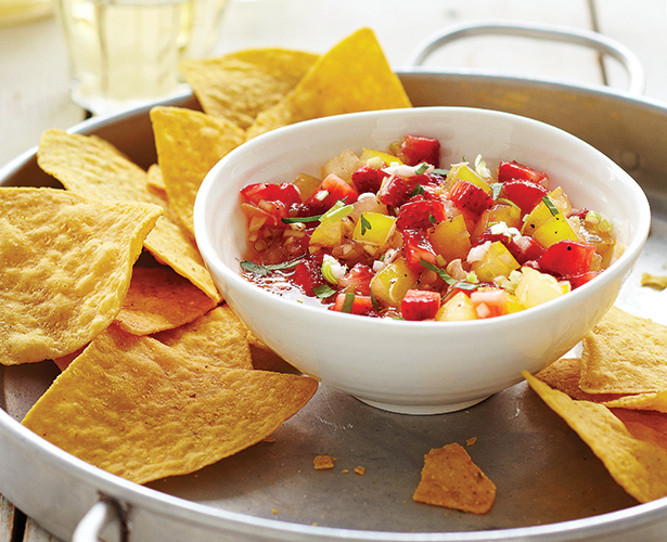 Salsa aux tomates jaunes et aux fraises