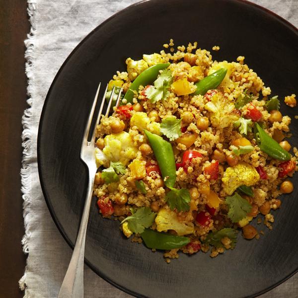 Curry de légumes rôtis et de quinoa