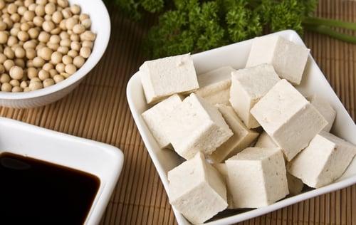 Sauté de tofu, de shiitake et de bok choy