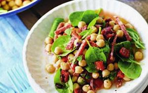 Pois chiches et épinards en salade