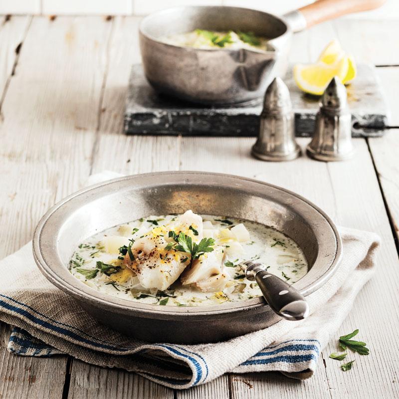 Soupe aux poireaux et fenouil avec aiglefin poché
