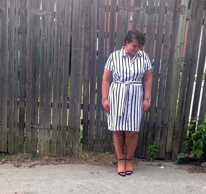 Joanie Pietracupa porte la tendance rayée