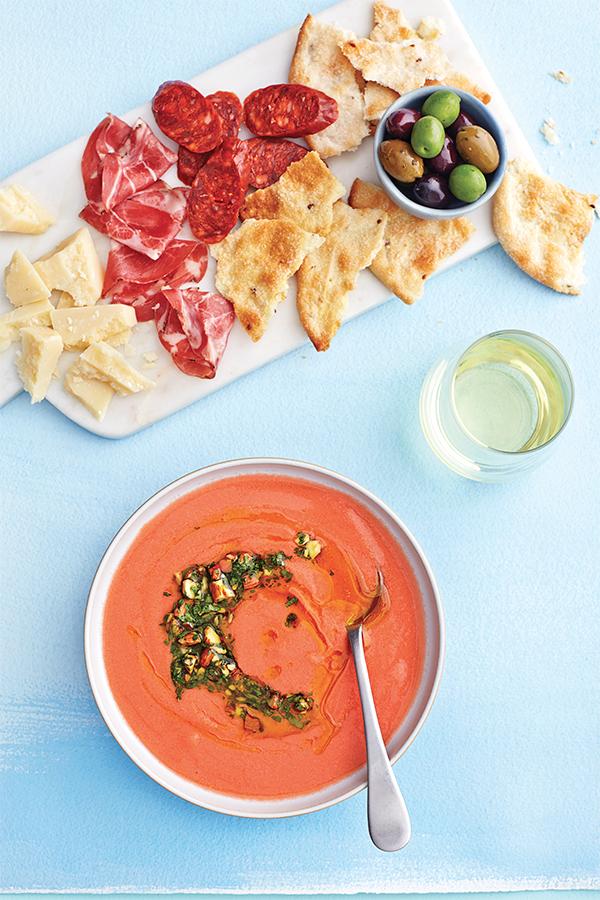 Gaspacho aux tomates et aux amandes