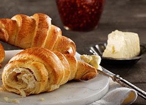 lactantia-european-buttery-croissants-300x216