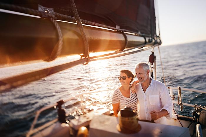 ma parole retraite couple voilier 700x467