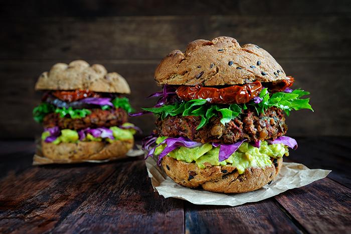fausse viande burger végé 700x466