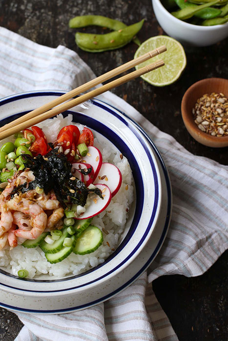salade-poke-avec-crevettes-467x700