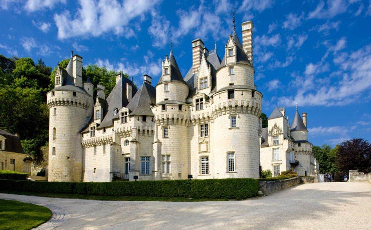 Les 15 plus beaux ch teaux du monde ch telaine - Les plus beaux jardins des chateaux de la loire ...