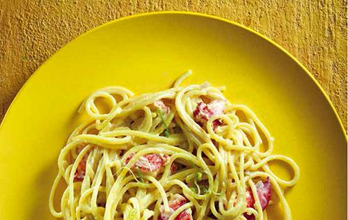 One-pot-pasta: Spaghettis au homard et au lait de coco