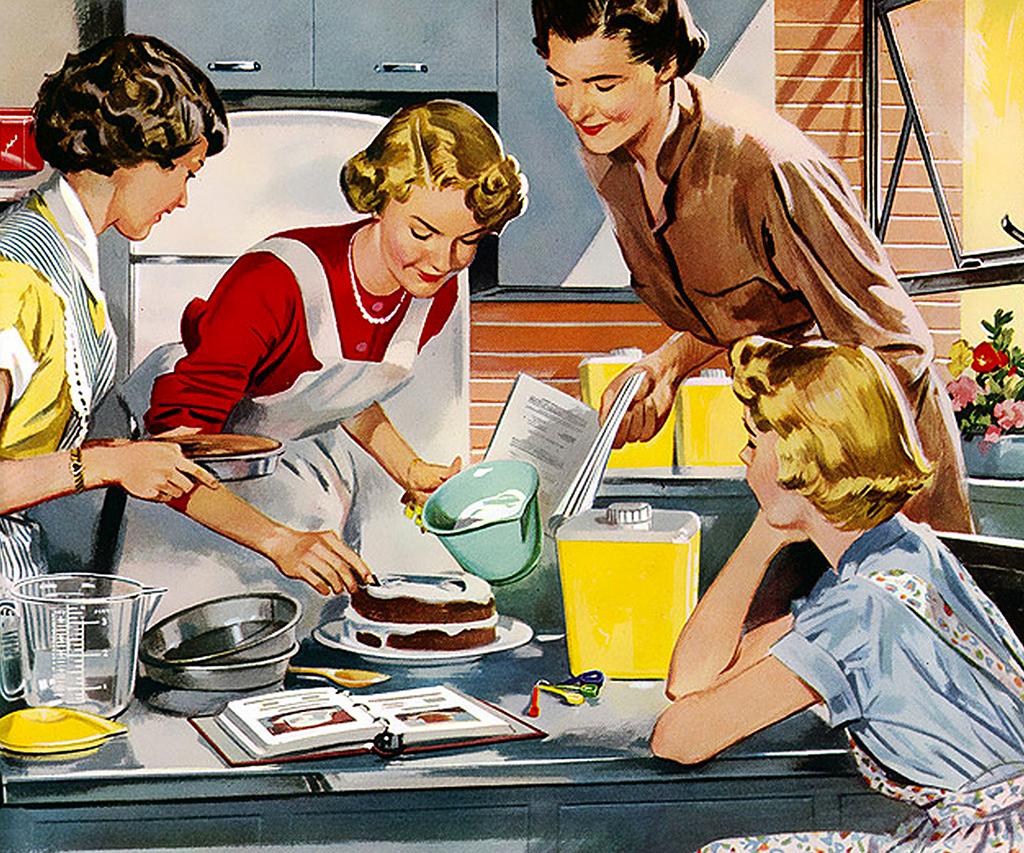 Femmes au foyer qui cuisinent un gâteau.