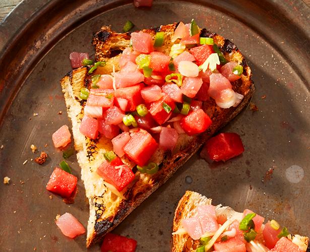 Tartines au thon, façon poké