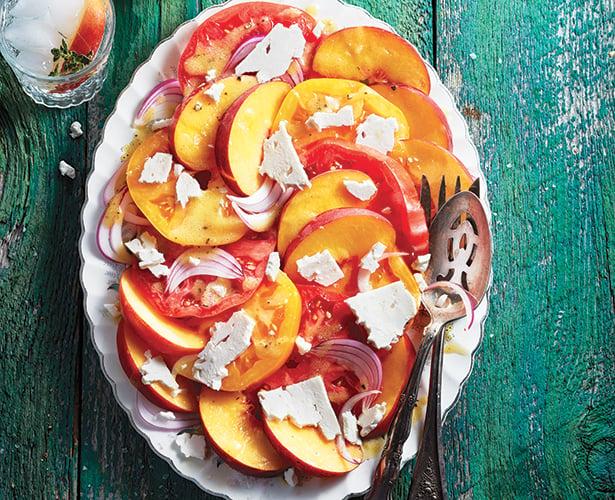 Salade de tomates et de pêches