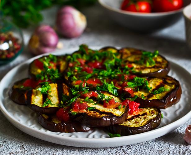 Salade d'aubergines grillées et tomates cerises