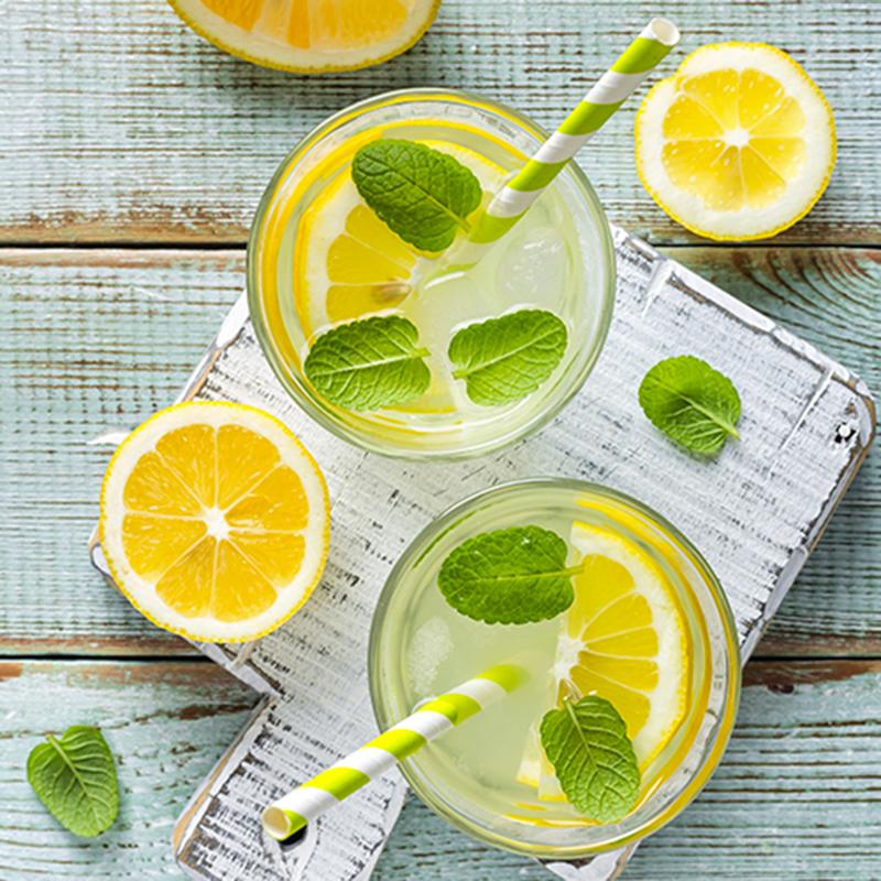 Limonade pétillante à la menthe