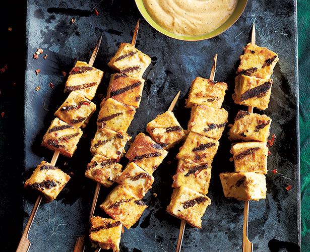 Brochettes de tofu satay