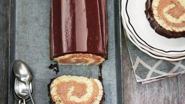 Bûche roulée à la crème de marrons et au chocolat