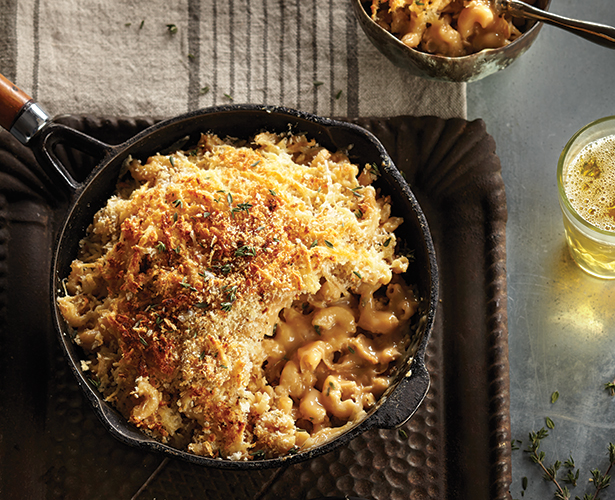 Macaronis au fromage et aux oignons