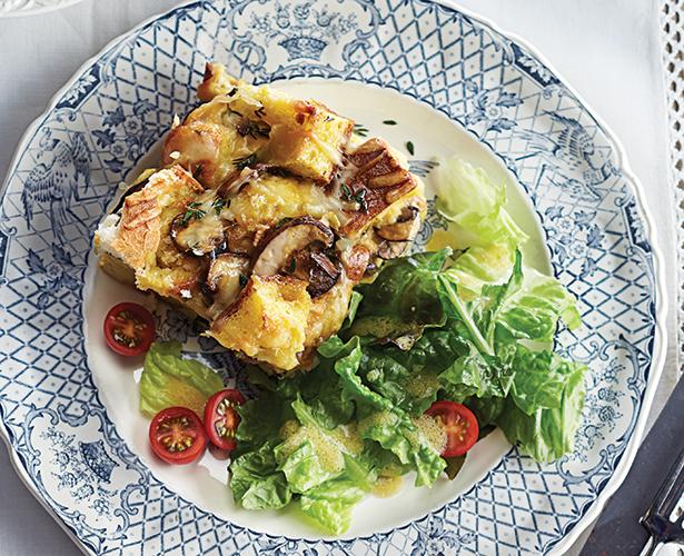 Strata au fromage et aux champignons
