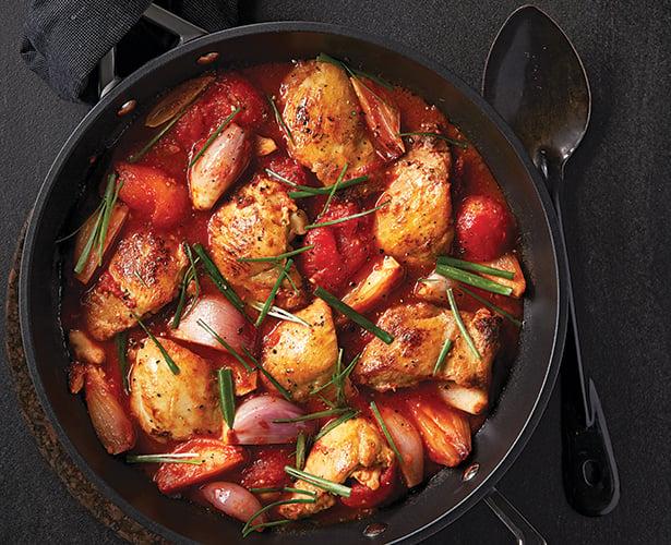 Ragoût de poulet aux tomates