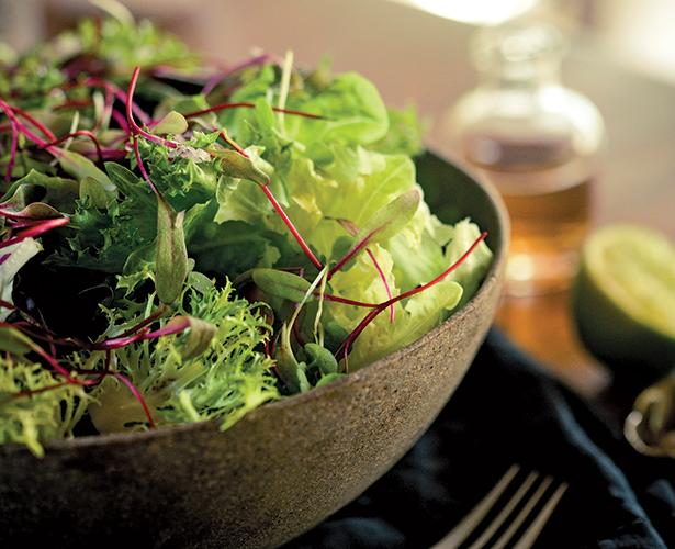 Salade de verdures croquantes