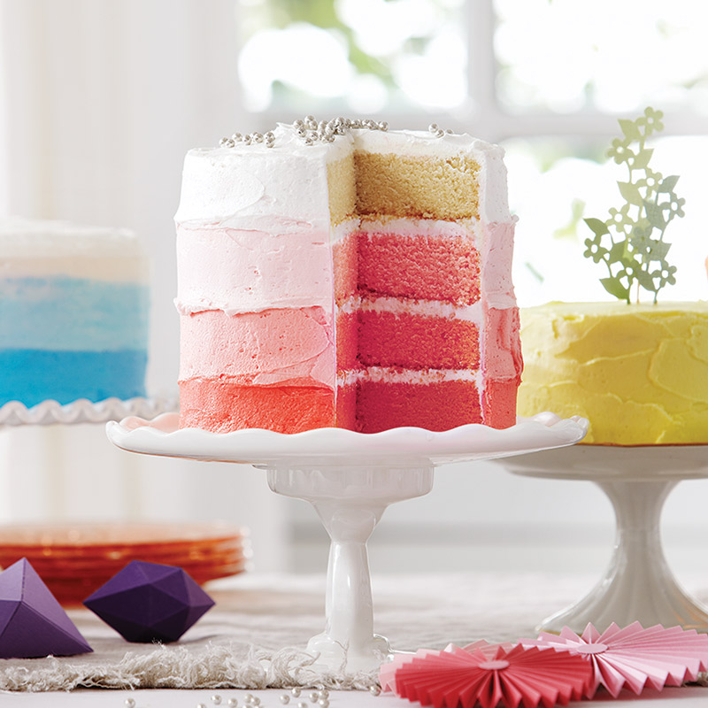 Gâteau à la vanille, glaçage en dégradé de rose