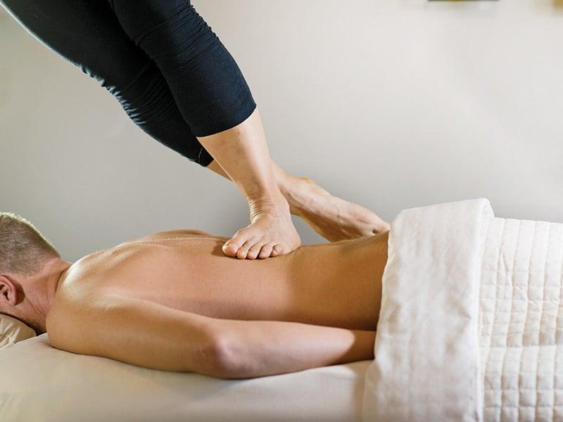 massage Ashiatsu